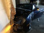Unfall Seiry FR - Autofahrer nach Crash gegen Hauswand schwer verletzt