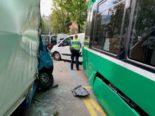 Basel-Stadt BS - Vier Verletzte bei Unfall zwischen Lieferwagen und Tram