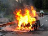 Autobrand A29 Mulegns GR - Fahrer erleidet Verbrennungen