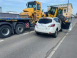 Kanton Zug - Strassenwalze macht sich selbstständig, Unfall auf der A4