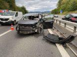 Hünenberg ZG - 19-Jährige baut heftigen Selbstunfall auf A4