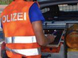 Schenkon LU - Unfall zwischen Anhängerzug und Auto auf der A2