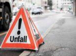 Unfall in Basel - Autolenker bringt Velofahrer zu Fall