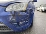 Kölliken AG - Lieferwagen nach Unfall geflüchtet