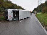 Däniken SO - Lieferwagenfahrer (22) verliert die Kontrolle
