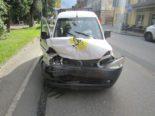 Glarus: Unfall zwischen drei Fahrzeugen