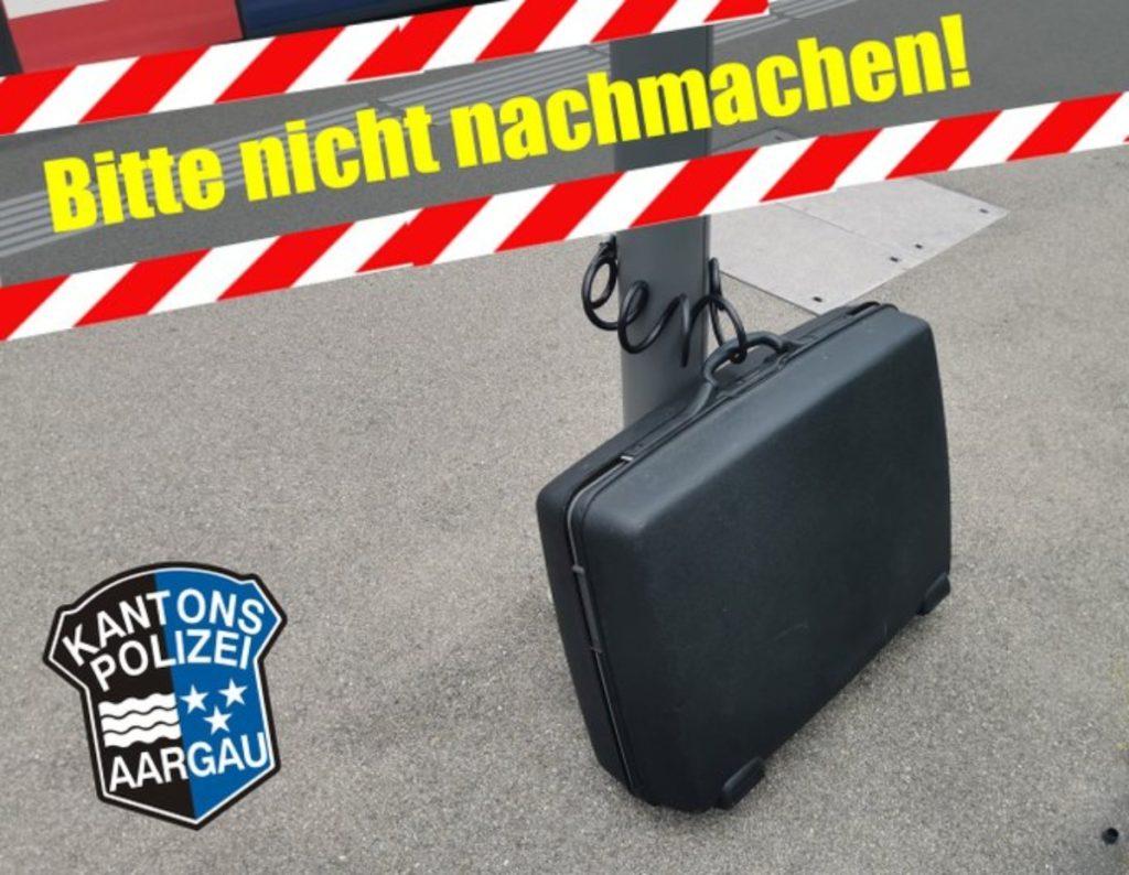 """Bahnhof Würenlos AG: """"Fast-Grosseinsatz"""" wegen Koffer"""