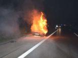 Oberbuchsiten SO: Auto auf der A1 vollständig ausgebrannt