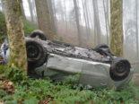Heftiger Unfall Schwellbrunn AR: Auto überschlägt sich mehrmals