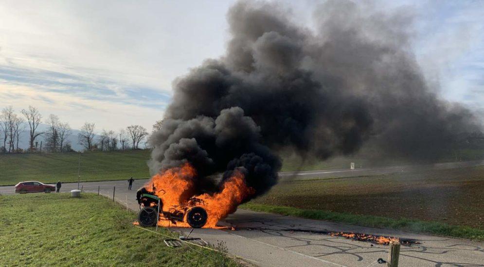 Bözberg AG - Feuerwehreinsatz wegen brennendem Quad