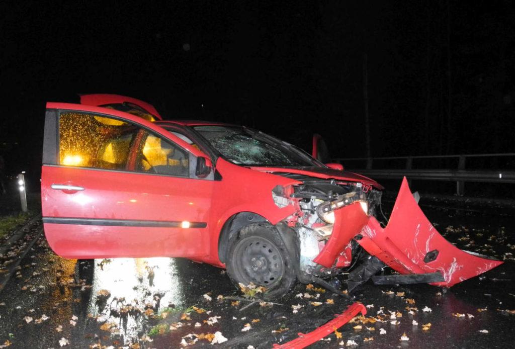 Seewen SZ: Drei Verletzte nach schwerem Unfall