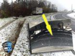 A3, Birrfeld AG: Lastwagen mit Sommerreifen ohne Profil verunfallt