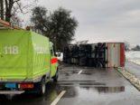 Unfall Watt ZH - Blockierte Strasse und verletzter LKW-Lenker