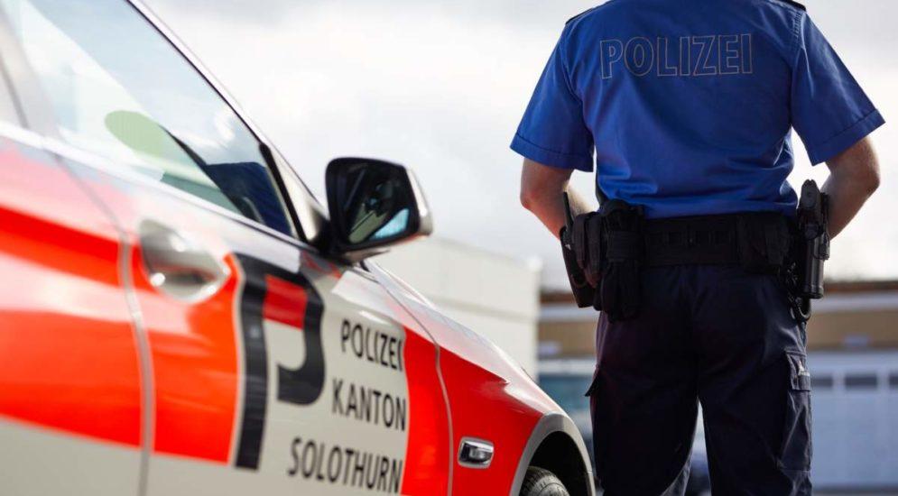 Autobahnraststätte Flumenthal SO: Fahrzeugaufbruch und Ladendiebstahl