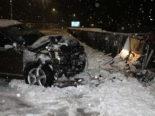 Unfall wegen Schnee im Appenzell AI: Kontrolle über das Fahrzeug verloren
