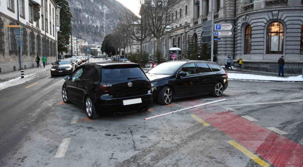 Chur GR - Unfall zwischen zwei Autos