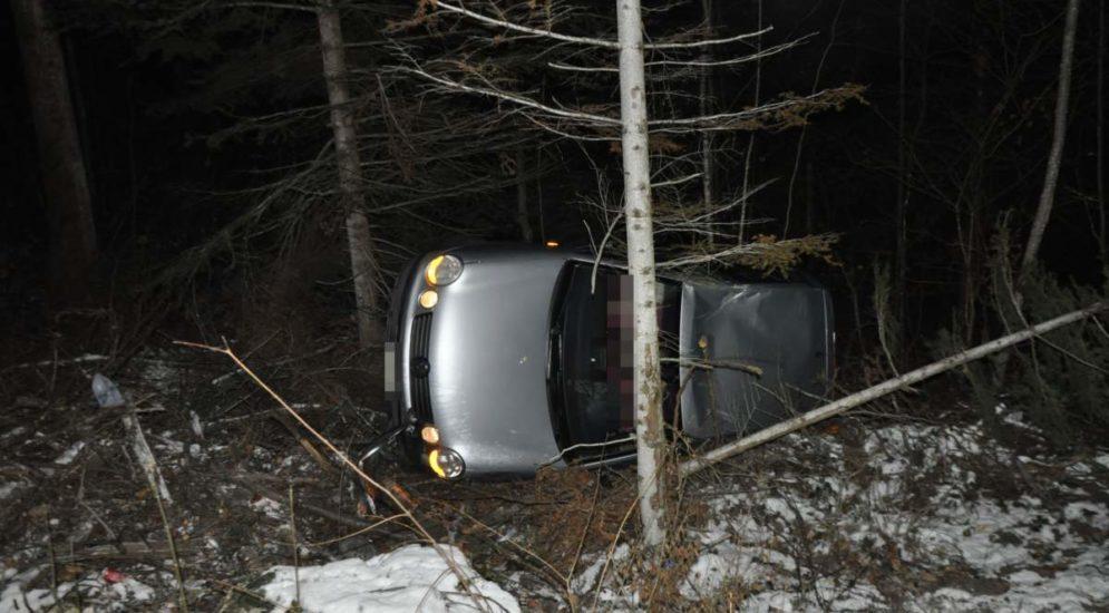 Unfall Dornach SO - Auto überschlägt sich