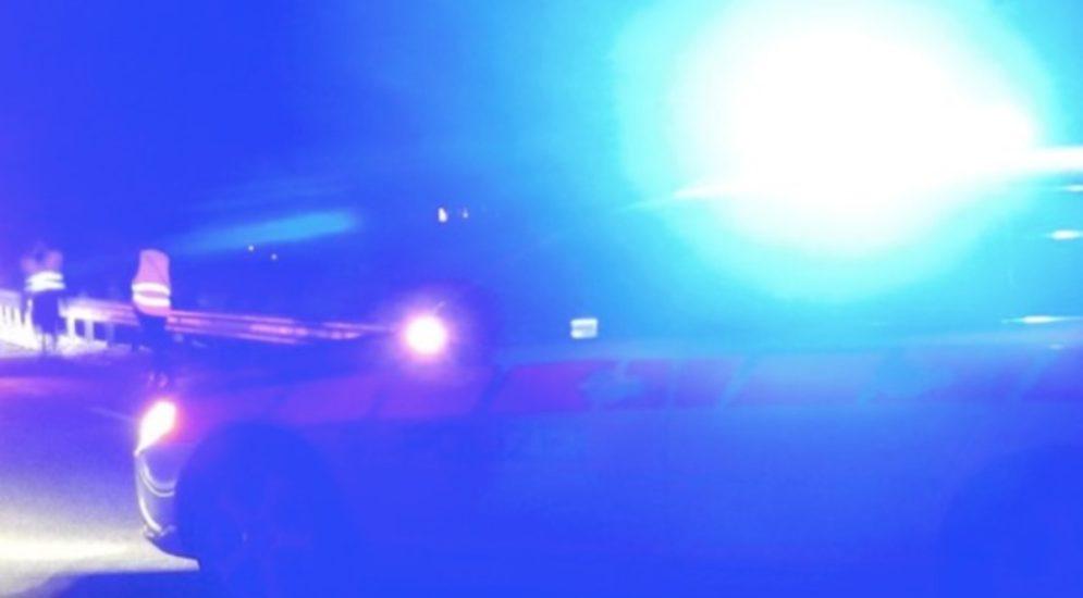 Sitten VS: 17-Jähriger flüchtet mit gestohlenem Fahrzeug vor Polizei