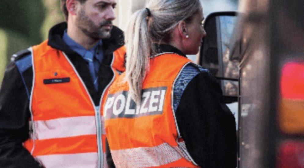 St.Gallen - Alkoholisierter 23-Jähriger versucht Polizeikontrolle zu entkommen
