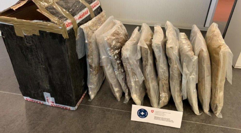 Wegen Adressverwechslung: 12.4 Kilogramm Marihuana sichergestellt