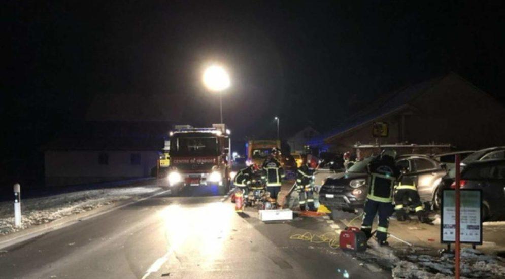 Sorens FR: Pannenhelfer bei Unfall schwer verletzt