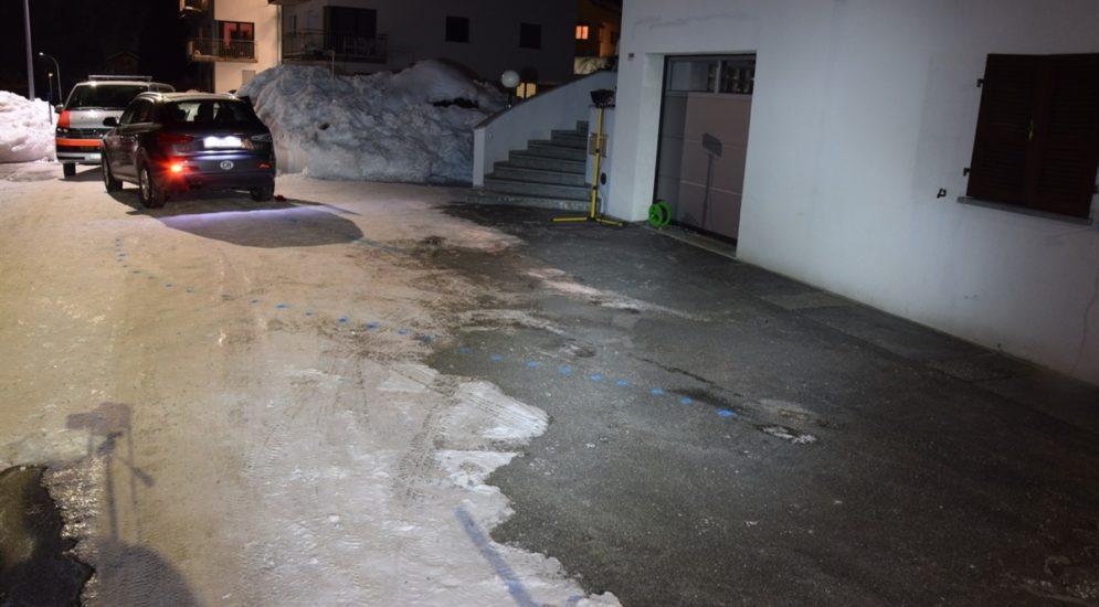 Schwerer Unfall in Poschiavo: Frau unter Auto eingeklemmt und tödlich verletzt