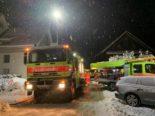 Hüntwangen ZH: Mehrere Bewohner bei Brand evakuiert