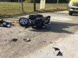 Schwerer Unfall in Villarvolard: Rollerfahrer prallt in Traktor