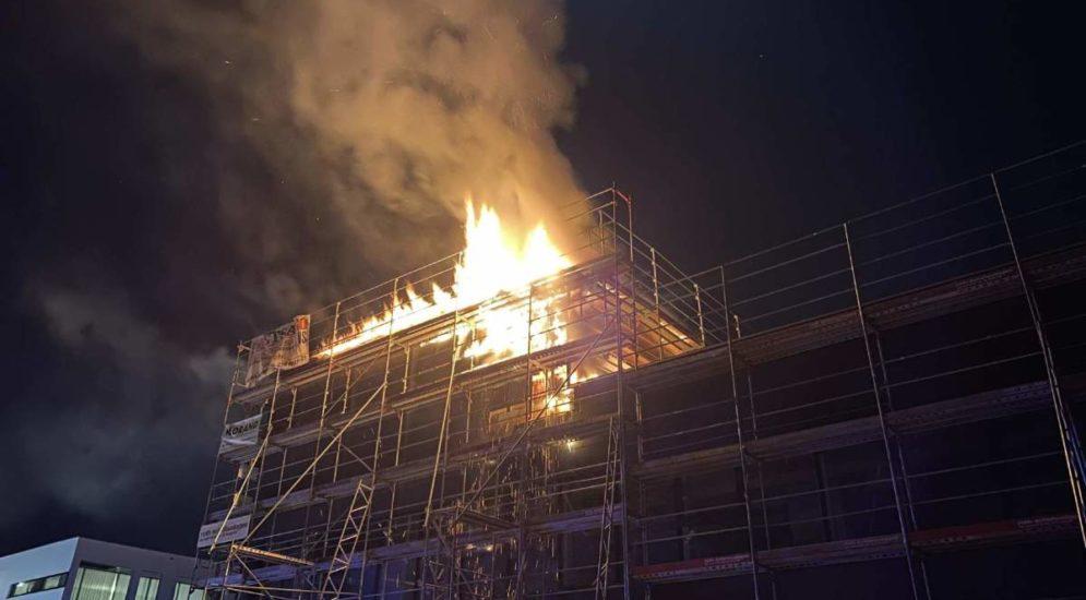 Givisiez FR - Brand in einem im Bau befindlichen Gebäude