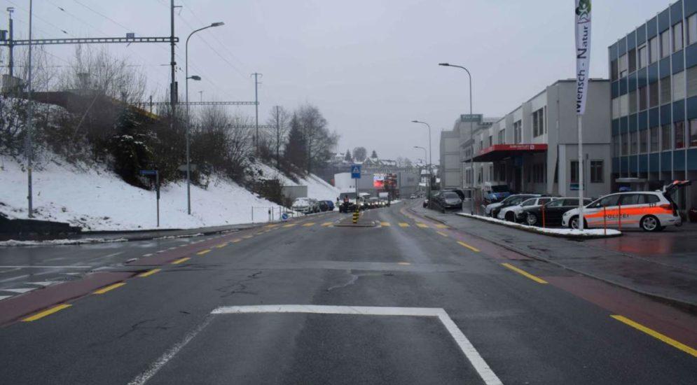 Herisau AR: E-Bikerin bei Unfall verletzt