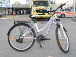 Rapperswil-Jona: Auto prallt in 9-jährige Velofahrerin