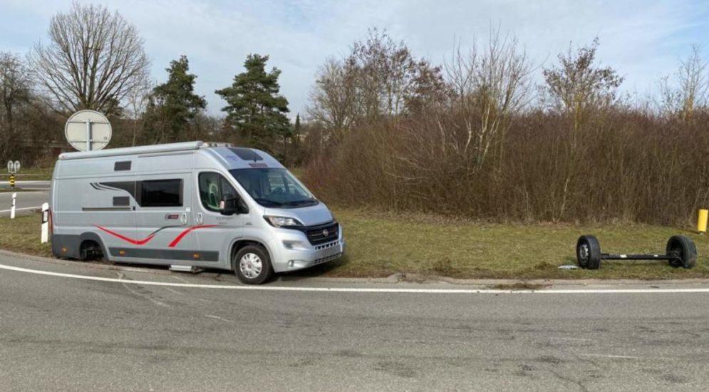 Unfall in Schaffhausen: Wohnmobil verliert Hinterachse