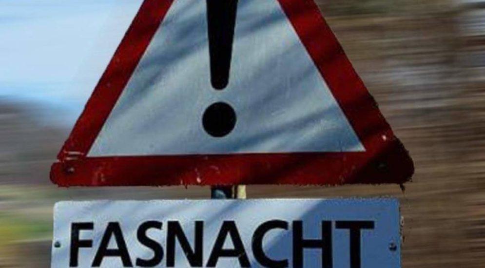 Kanton Schwyz: Wildes Fasnachtstreiben - Polizei mit Flaschen und Böllern beworfen