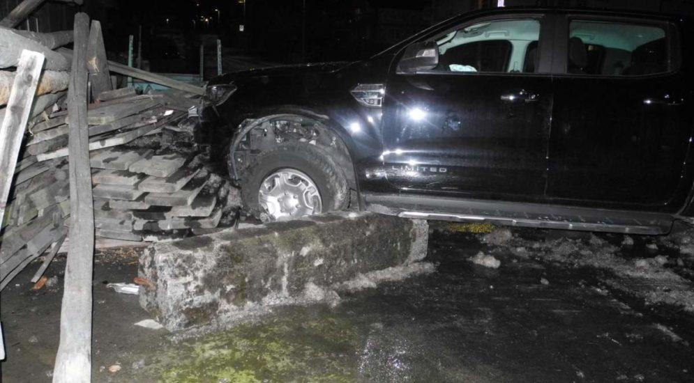 Unfälle Reichenburg SZ - PW-Lenker verursacht mehrere Kollisionen