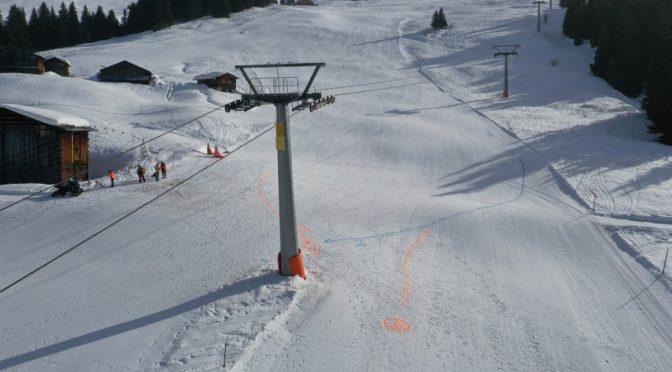 Schwerer Skiunfall in Obersaxen: Frau vor Ort verstorben