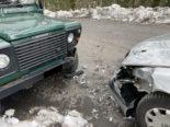 Näfels GL: Unfall zwischen zwei Autos