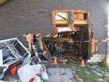 Unfall in Stalden OW: Autolenker landet in Wagenhütte