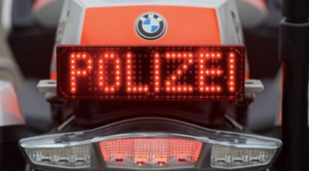"""Martinach VS: 30 Maskenverweigerer gehen """"oben ohne"""" shoppen"""