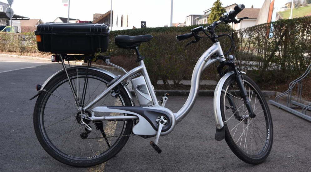 Unfall Schmerikon SG: E-Bike-Fahrer verletzt sich bei Sturz