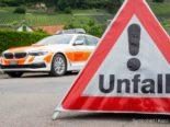 Unfall Schwarzenbach SG: Fahrer crasht in Kandelaber und flüchtet