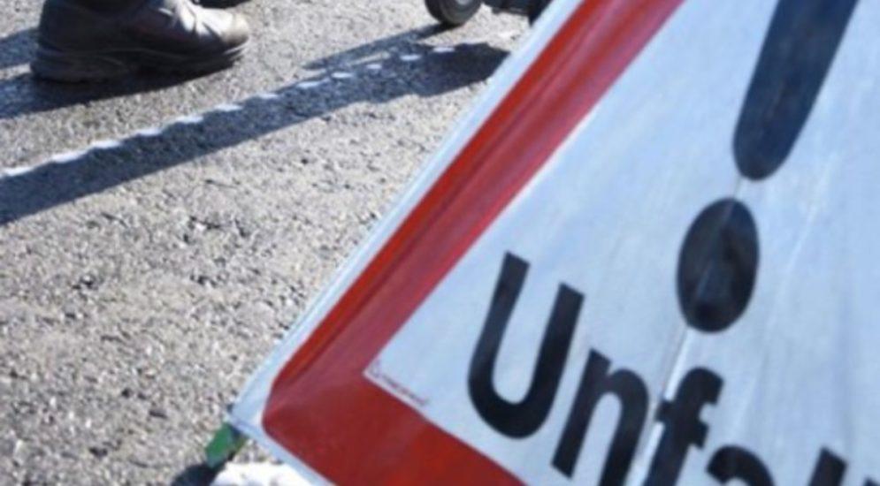 Unfall Schaffhausen SH: Postfahrzeug massiv beschädigt und abgehauen
