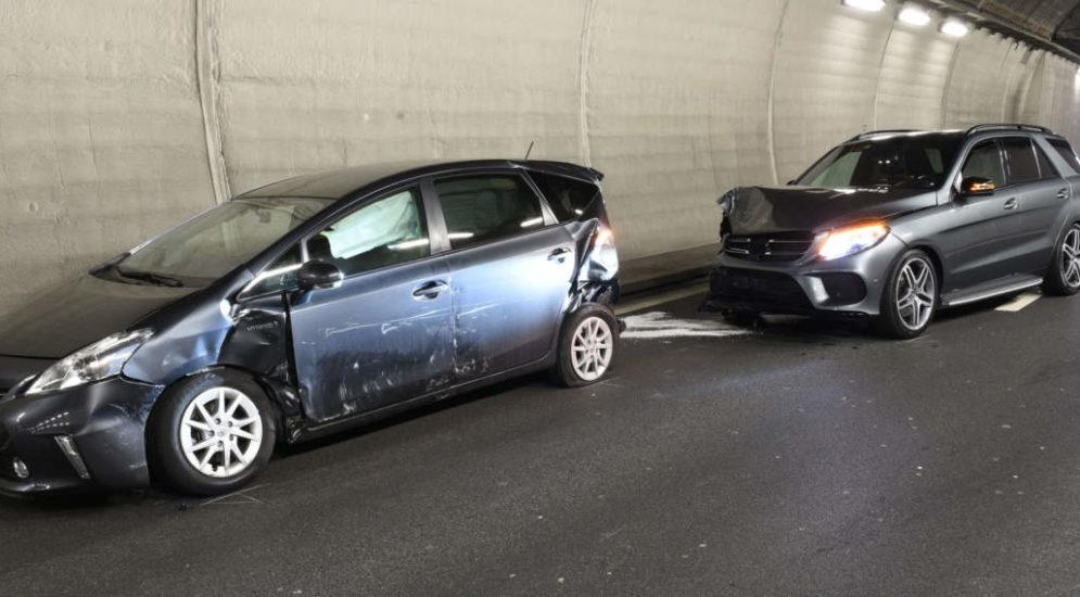 Kriens LU: Rückstau wegen Unfall auf der Autobahn A2