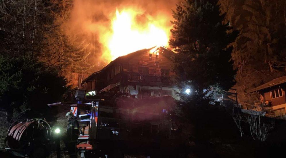 St-Jean / Anniviers VS: Chalet bei Brand komplett zerstört