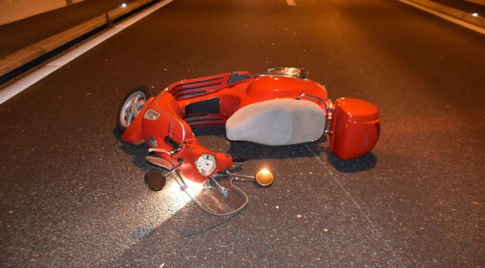 Unfall A5, Biberist SO: Motorradlenkerin nach Sturz im «Birchitunnel» schwer verletzt