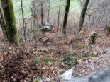 Arbeitsunfall in Schwanden GL: Dumper stürzt 30 Meter ab