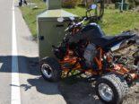 Wienacht AR: Quadlenker prallt bei Unfall frontal in Radaranlage