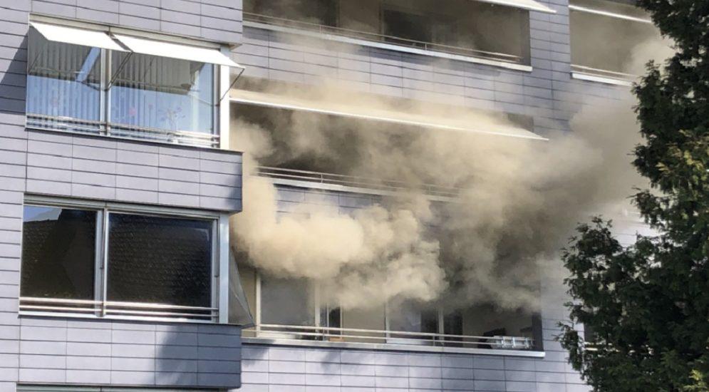 Volketswil ZH: Brand in Mehrfamilienhaus