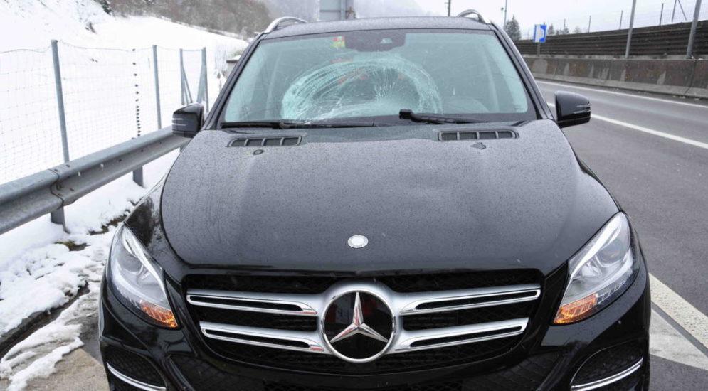 Wattwil: Schnee verloren und Frontscheibe beschädigt