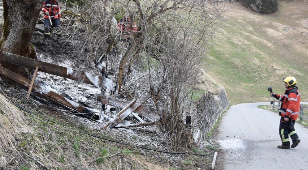 Saas im Prättigau GR - Zwei Feuerwehreinsätze wegen Bränden