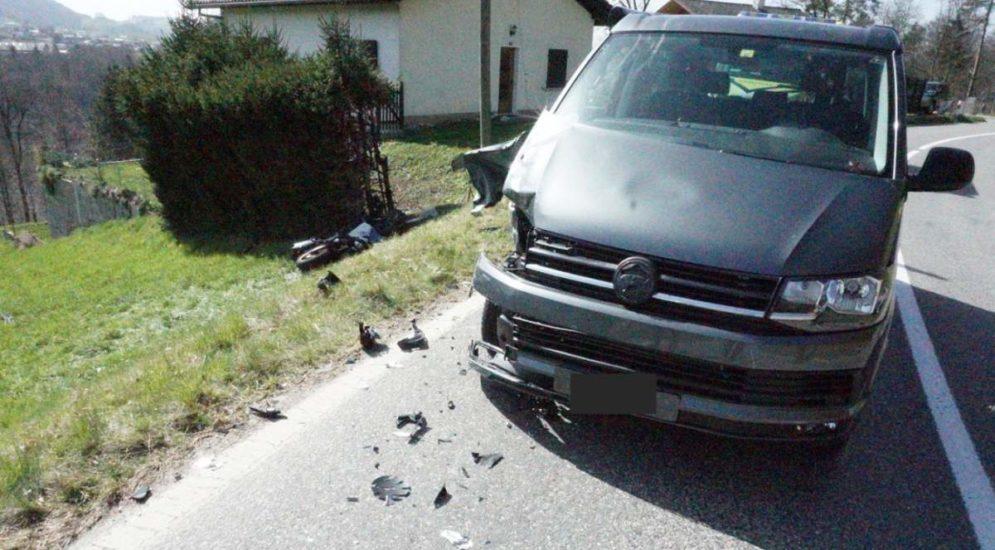 Giffers FR: Motorradfahrer bei Unfall schwer verletzt